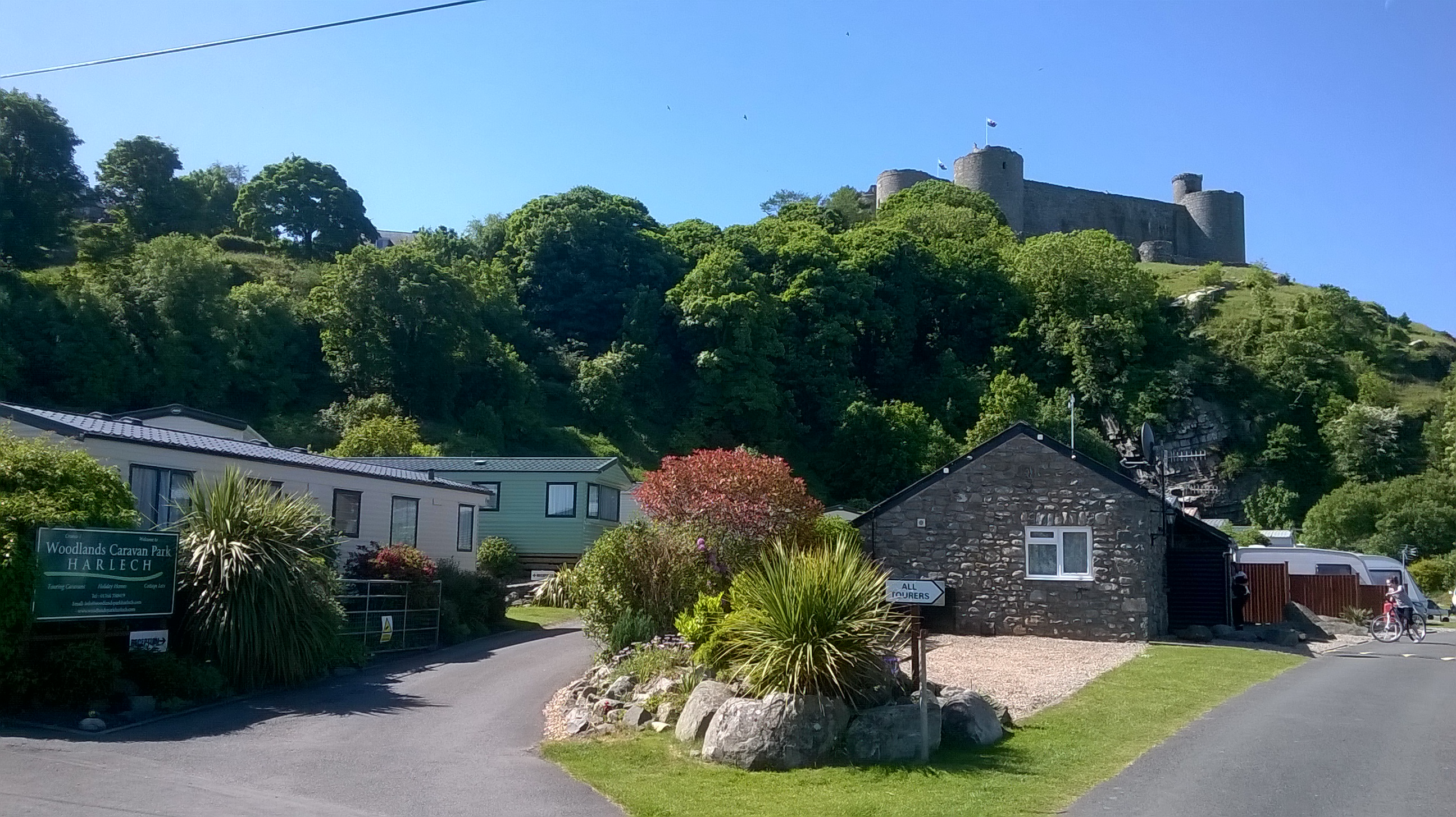 cliffs near cottages wales bay gower aroundwales harlech south holiday three holidays cottage